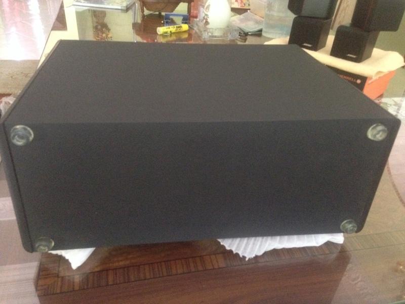 Bose Am5 Series II sub-woofer + 4 Bose Redline Single Cube Img_5524