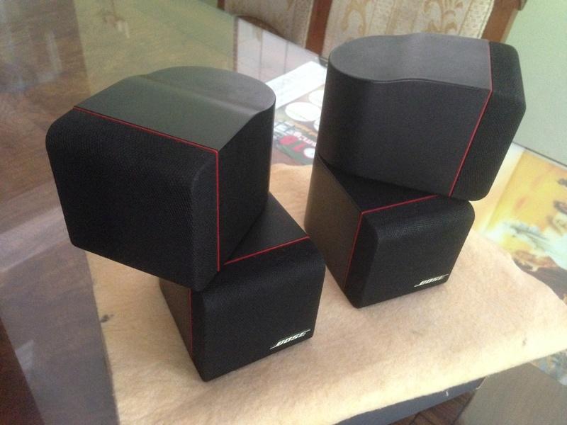 Bose Am5 Series II sub-woofer + 4 Bose Redline Single Cube Img_5526