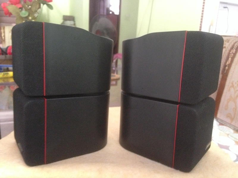 Bose Am5 Series II sub-woofer + 4 Bose Redline Single Cube Img_5529