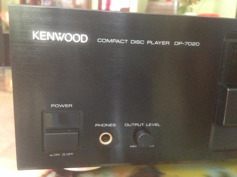 KENWOOD CDP 7020 high-end 2 x Burr-Brown PCM 1701P/ KSS-150A Img_5723