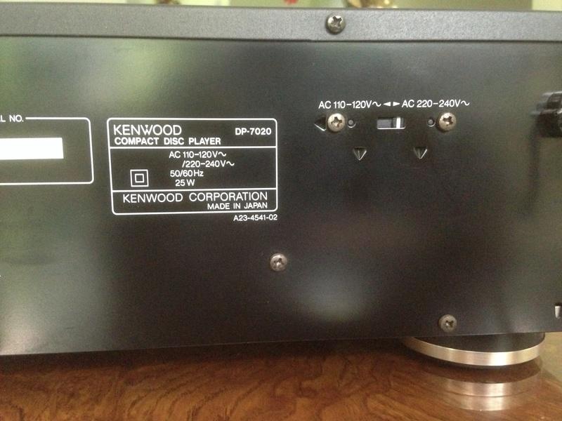KENWOOD CDP 7020 high-end 2 x Burr-Brown PCM 1701P/ KSS-150A Img_5730