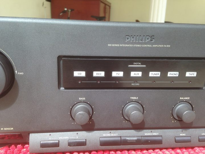 PHILIPS 900 series integrated stereo control amplifier fa950 Ph210