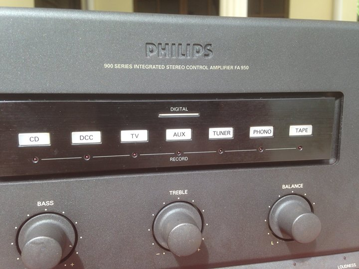 PHILIPS 900 series integrated stereo control amplifier fa950 Ph410