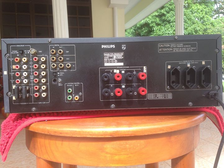 PHILIPS 900 series integrated stereo control amplifier fa950 Ph510
