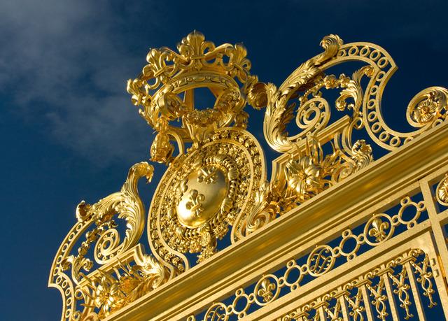 Versailles: les grilles du château - Page 5 2c715210