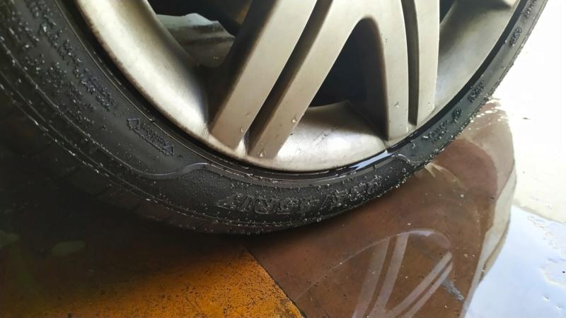 Q2 Tire Img_2100