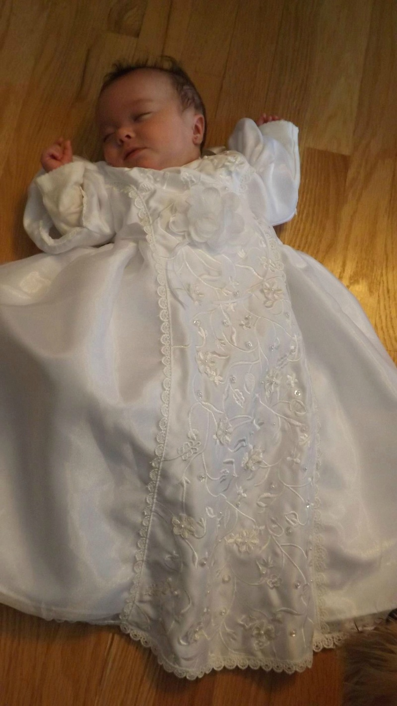 Le baptême de Noémie... Baptem14