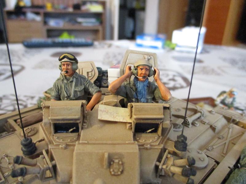 Guerre du Golfe 1991 - MCV Warrior (Academy) et T55 Enigma (ESCI et Verlinden)  Img_0022