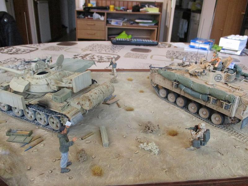 Guerre du Golfe 1991 - MCV Warrior (Academy) et T55 Enigma (ESCI et Verlinden)  Img_0027