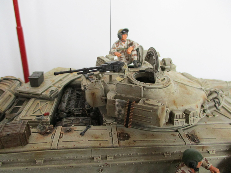 T-72 Irakien - Tamiya + Verlinden - 1/35 Img_0036