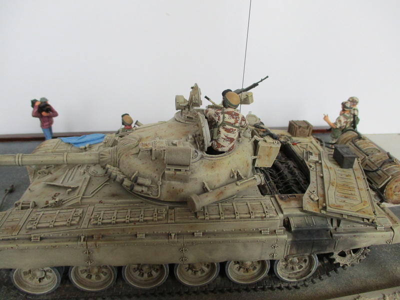 T-72 Irakien - Tamiya + Verlinden - 1/35 Img_0046