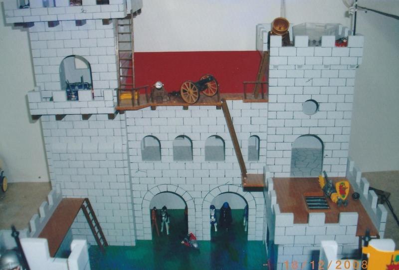 Chateau pour Playmobil Img_2010