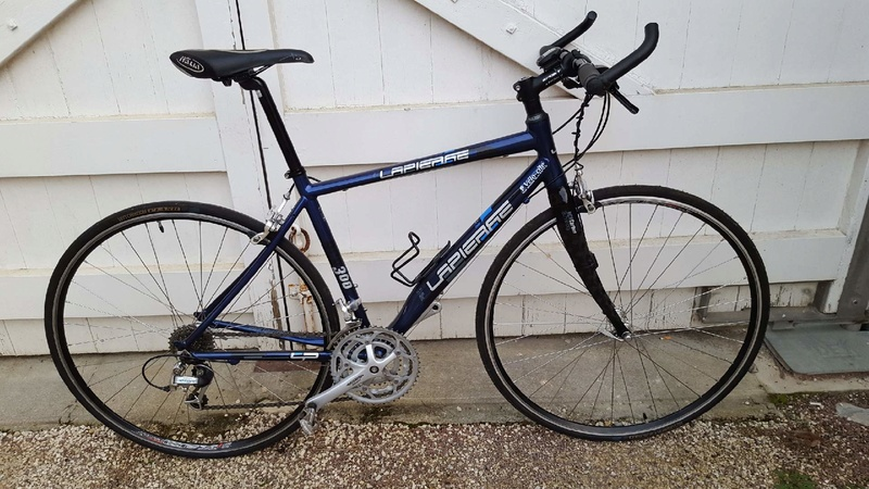 Vends vélo fitness  Resize16