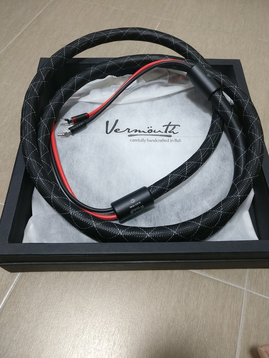 Vermouth Black Pearl speaker Cable (Used) Img_2014