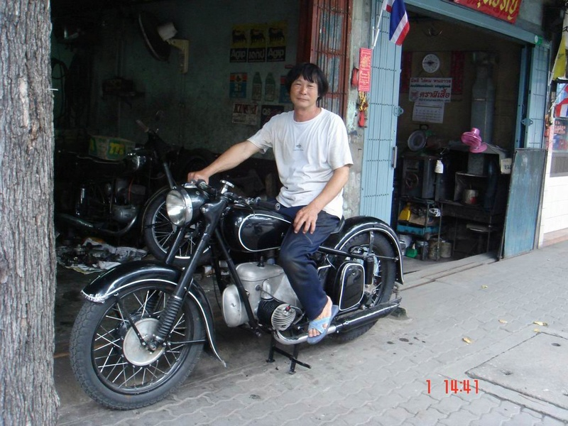 MZ en Thaïlande Bk35010