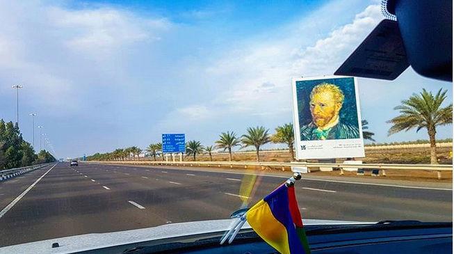 Grâce aux voitures autonomes, les autoroutes vont-elles devenir des musées ? By DETOURS Captu123