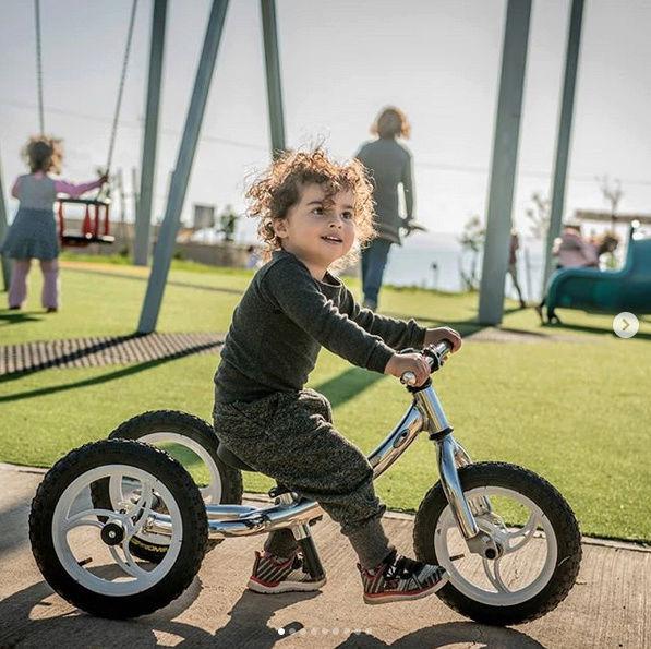Ce vélo grandit en même temps que votre enfant ! Par Mehdi Karam  Captu164