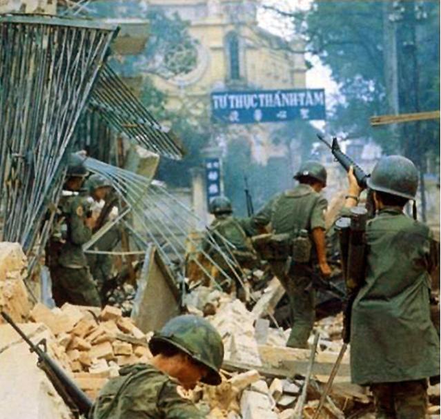 Một Lịch Sử Đau Thương Của Thành Phố Sài Gòn Năm 1968 - Page 2 0a-mu_24