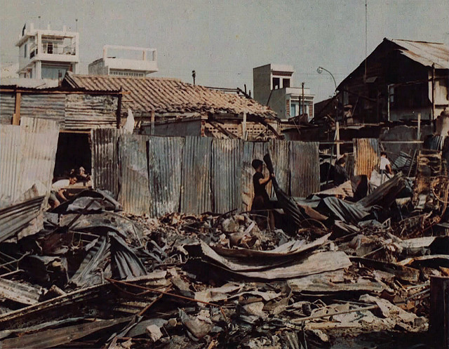 Một Lịch Sử Đau Thương Của Thành Phố Sài Gòn Năm 1968 - Page 2 Io_nyy13