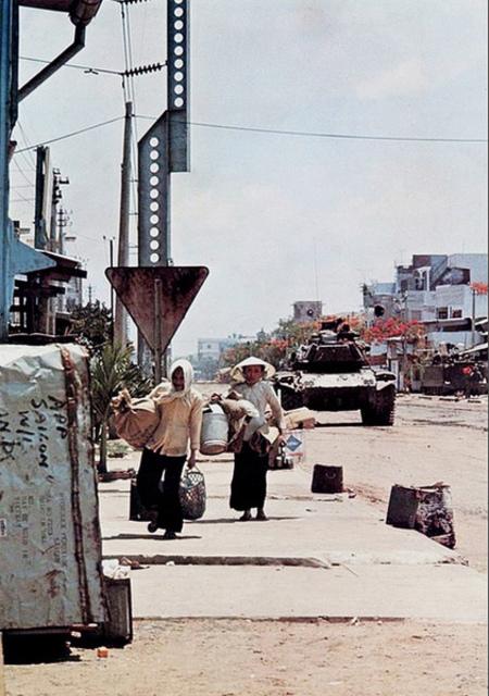 Một Lịch Sử Đau Thương Của Thành Phố Sài Gòn Năm 1968 - Page 2 Oie_cn10