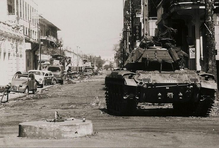 Một Lịch Sử Đau Thương Của Thành Phố Sài Gòn Năm 1968 - Page 2 Xe_tdn10