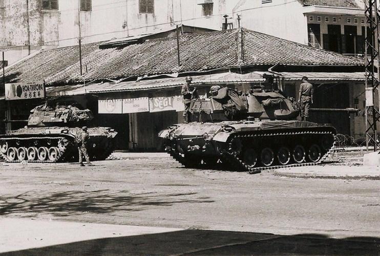 Một Lịch Sử Đau Thương Của Thành Phố Sài Gòn Năm 1968 - Page 2 Xe_tdn11