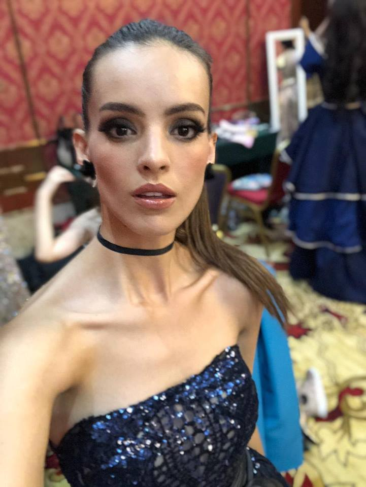 miss world 2018: fast track top model. vencedora: miss france. - Página 2 Nvudkt10