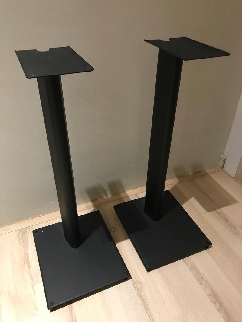 Q Acoustics Q3000ST Speaker Stands (Pair) Img_4110