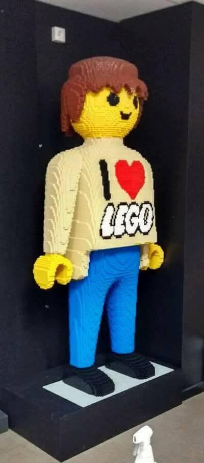 Αστείες φωτογραφίες με LEGO - Σελίδα 19 22491610