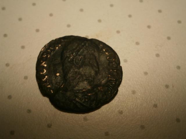 AE3 de Constancio II. FEL TEMP REPARATIO. Arlés Pa290015
