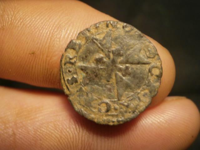 moneda de Malta para id. Pb160019