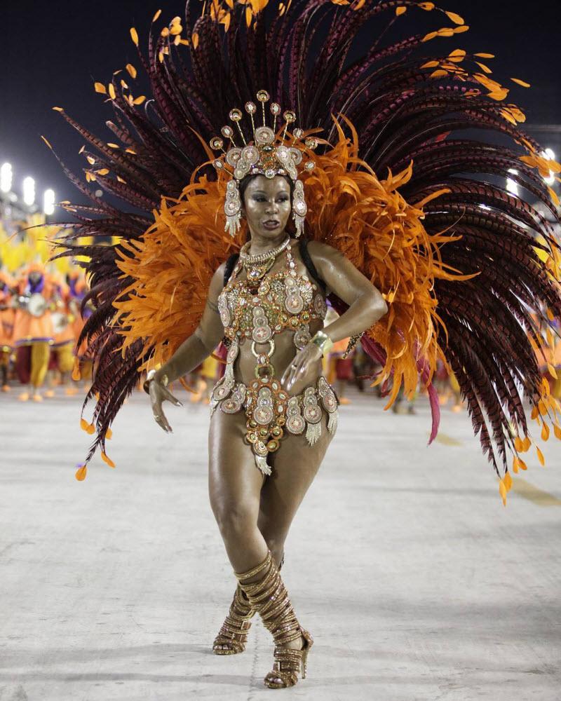 Počeo karneval u Riju de Žaneiru 0_1f7f13
