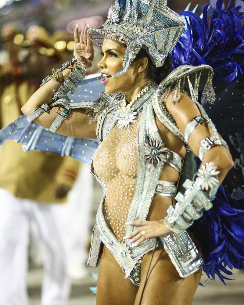 Počeo karneval u Riju de Žaneiru 0_1f7f16