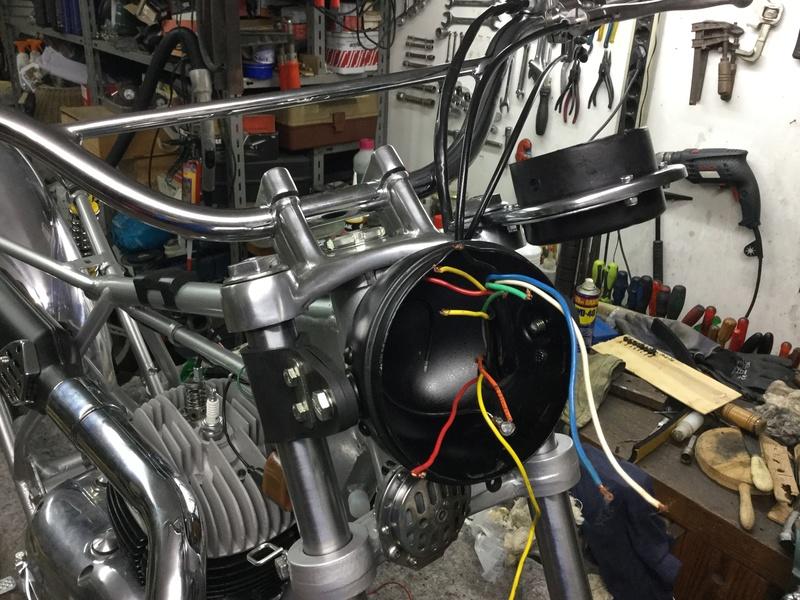 Bultaco Lobito MK 6, 175 cc by Eladius - Página 2 58d02110