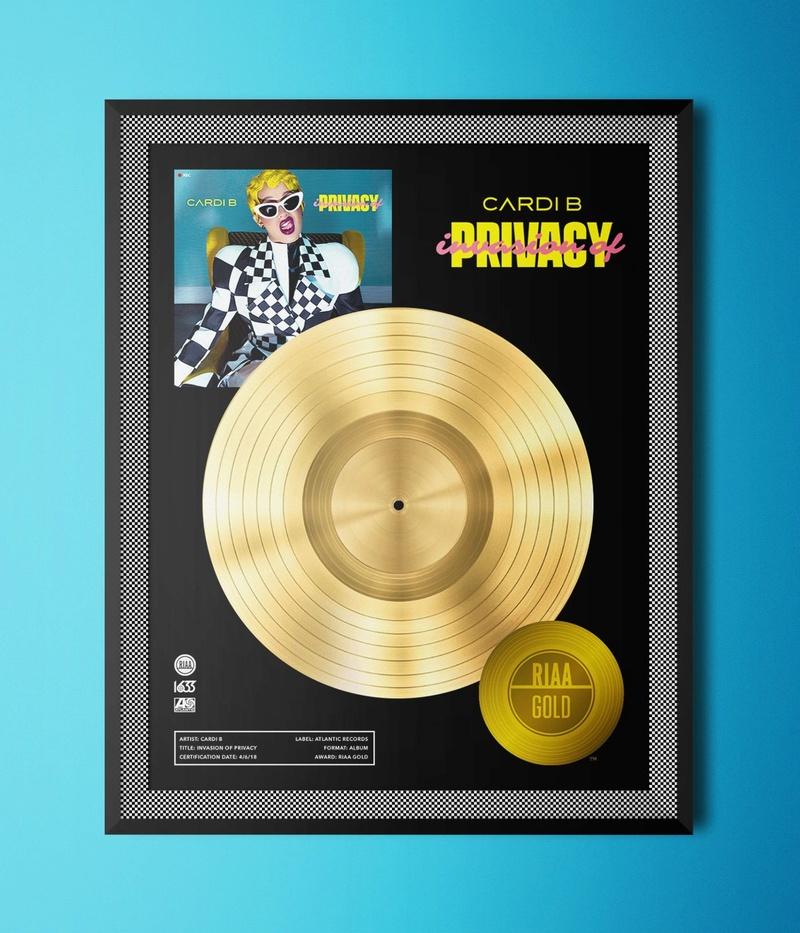 "Cardi B >> Álbum ""Invasion Of Privacy"" Img_2012"