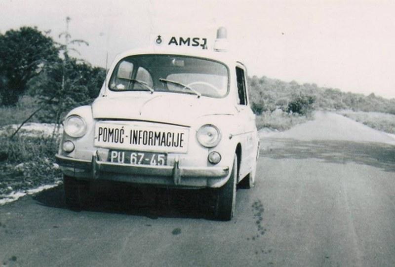 Automobili i motori u ex YU - Page 19 Auto_a10