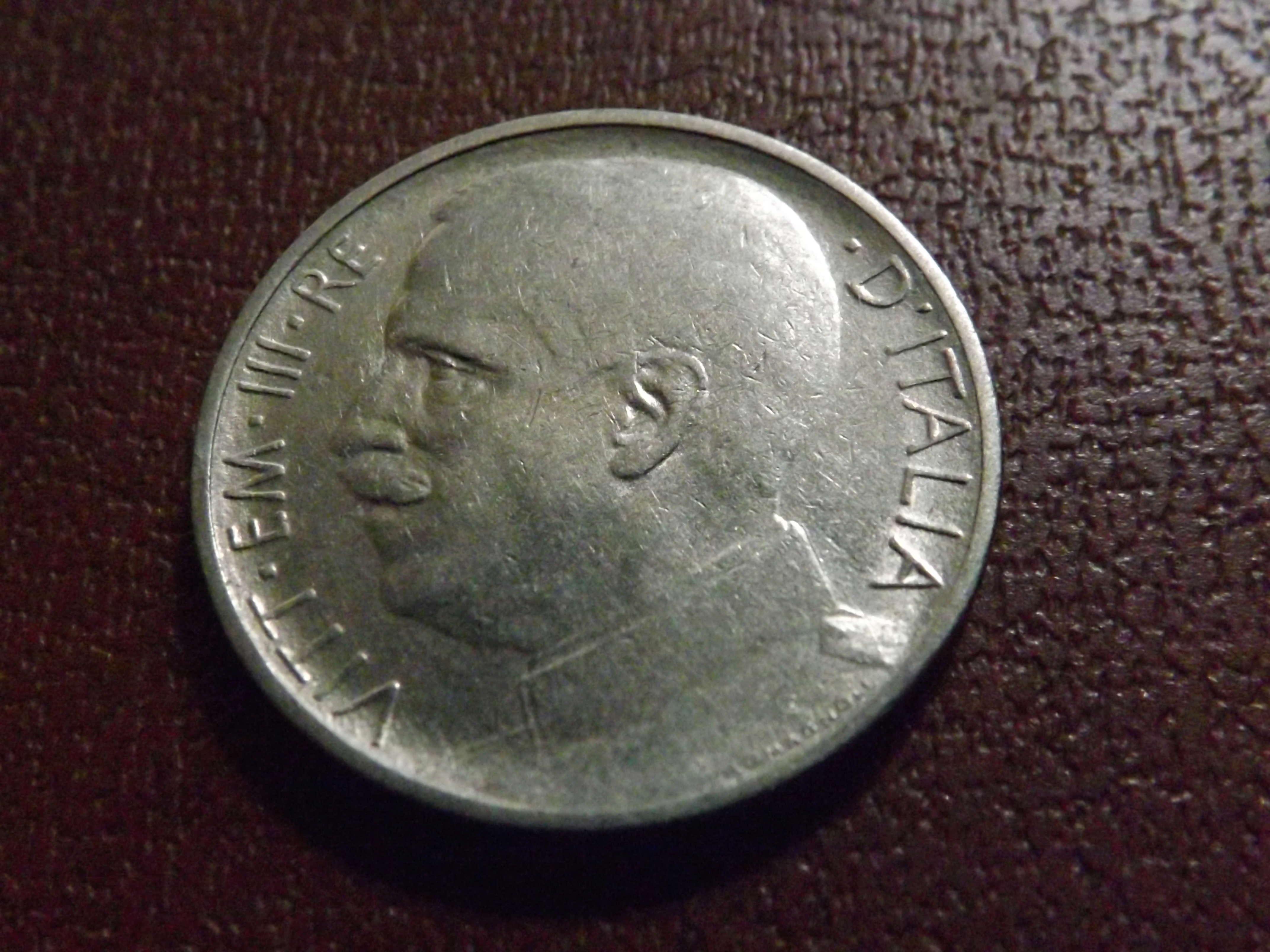 50 Céntimos de Lira de 1.920 (canto modificado) . Italia Dscf3126