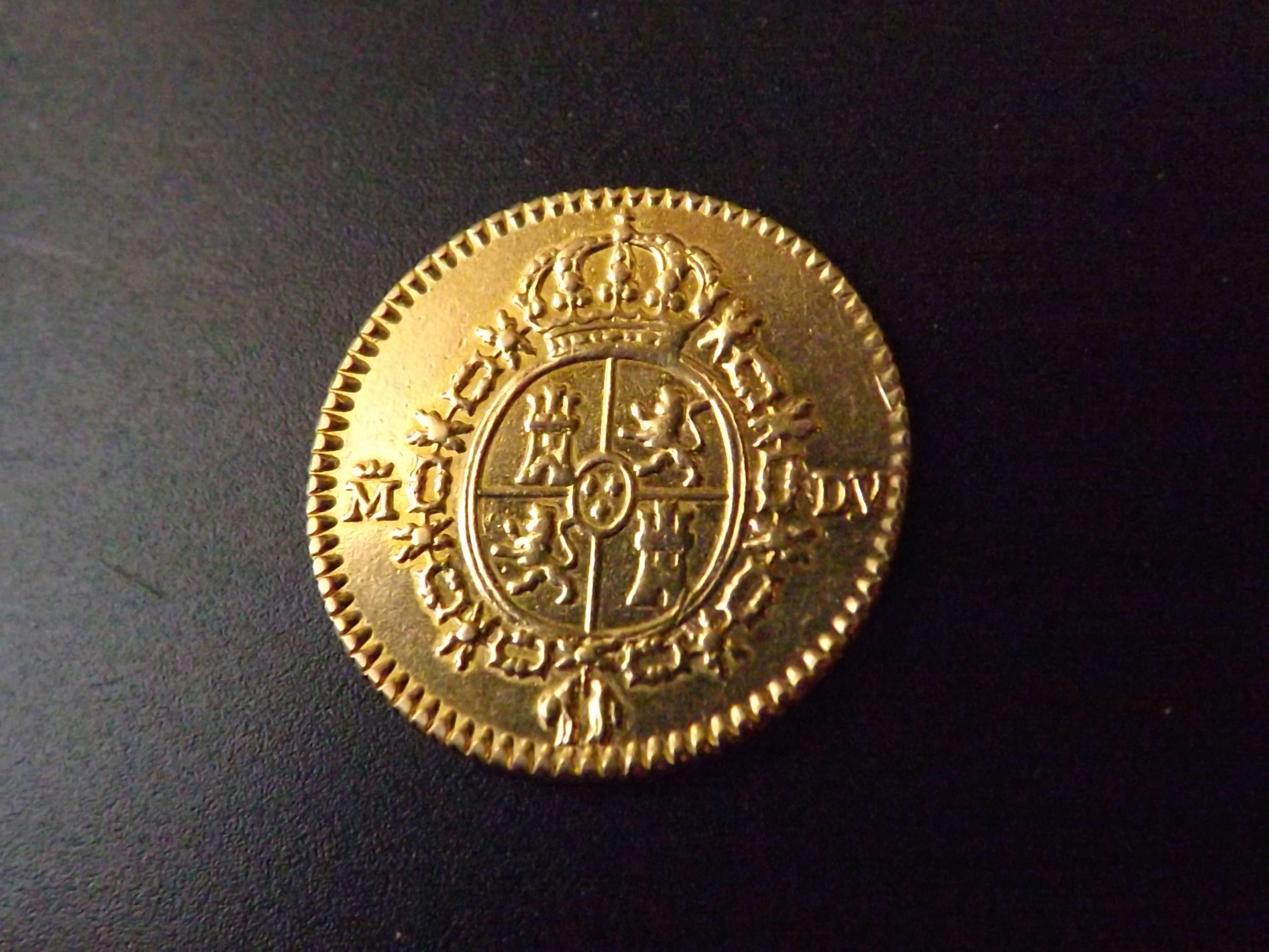 ½ escudo 1.786 de Carlos III.   Dscf3130