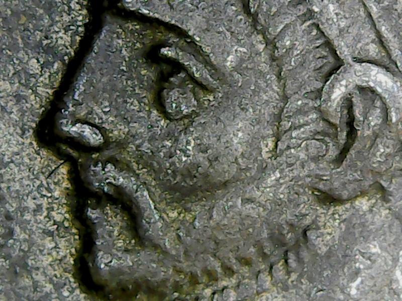 Resultados de un microscopio USB: detalles de las monedas  - Página 2 Zprobo10