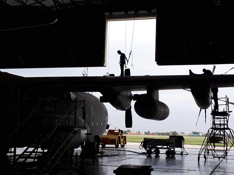 Boletín de noticias de los C-130 Hércules - Página 2 29178010