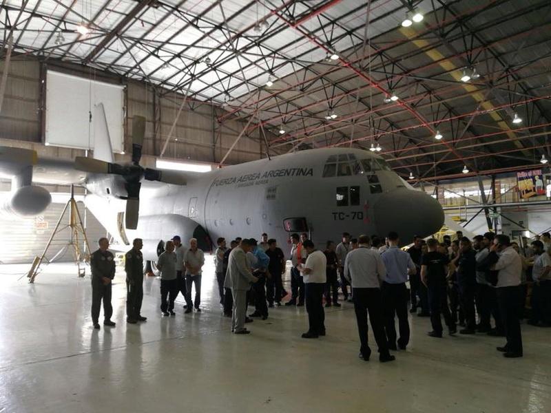 Boletín de noticias de los C-130 Hércules - Página 2 30740410