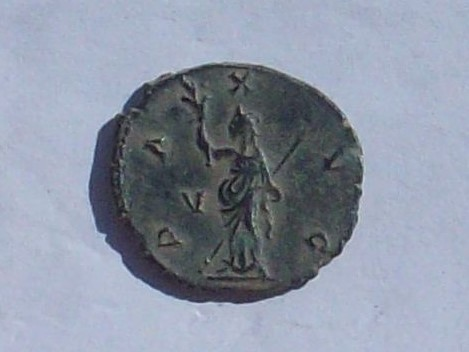 Antoniniano de Galieno. PAX AVG. Paz estante a izq. Ceca Roma. 102_4135