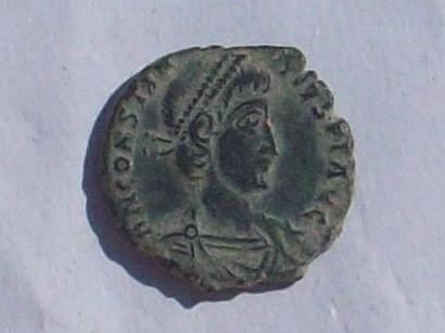 AE3 de Constancio II. FEL TEMP REPARATIO. Roma? 102_4136