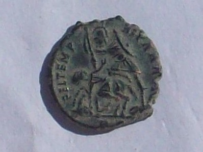 AE3 de Constancio II. FEL TEMP REPARATIO. Roma? 102_4137
