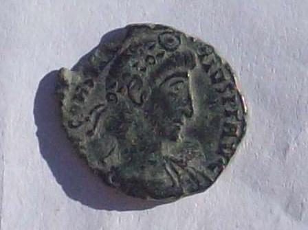AE3 de Constancio II. FEL TEMP REPARATIO. Soldado romano alanceando a jinete caído.  102_4164