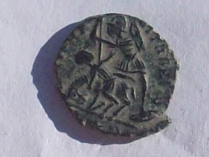 AE3 de Constancio II. FEL TEMP REPARATIO. Soldado romano alanceando a jinete caído.  102_4165