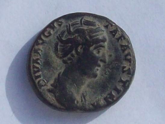 Dupondio de Faustina I. PIETAS AVG. Roma 102_4259