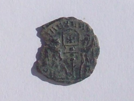 AE4 de Constantino I ó II. GLORIA EXERCITVS 102_4372