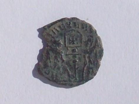 AE4 de Constantino II - GLORIA EXERCITVS - 2 soldados y 1 estandarte 102_4374