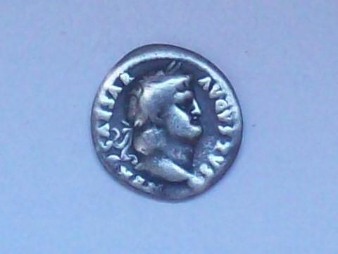 Denario de Nerón. IVPPITER CVSTOS. Roma 102_4441